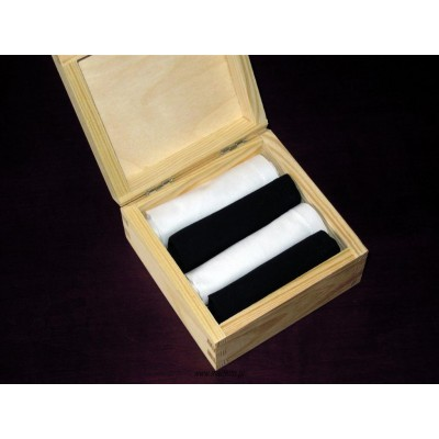 Chusteczki męskie 4 szt bawełniane, białe i czarne