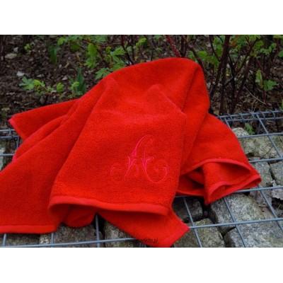 Ręcznik czerwony 70x140 z dowolnym monogramem