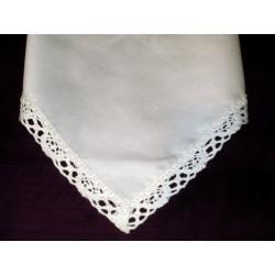 Serwetka na stół bawełniana biała z koronką
