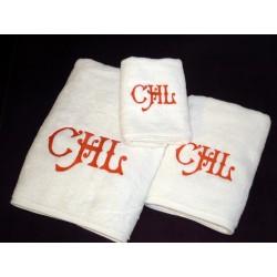Komplet ręczników haftowanych