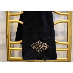 Ręcznik haftowany czarny, ze złotym haftowanym motywem